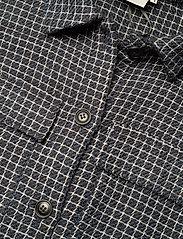 Gestuz - CleaGZ long shirt SO21 - overshirts - navy/white check - 4