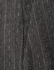 Gestuz - RoyaGZ culotte SO21 - bukser med brede ben - dark grey pinstripe - 3