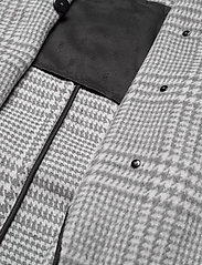 Gestuz - RoselGZ jacket SO21 - wool jackets - grey/white check - 4