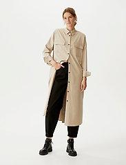 Gestuz - DosiaGZ OZ shirt dress SO21 - skjortekjoler - pure cashmere - 0