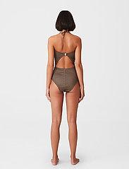 Gestuz - KellyGZ open bk swimsuit - badedragter - brown logo - 4