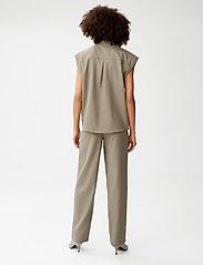 Gestuz - LeejaGZ sl shirt - kortærmede skjorter - brindle - 3