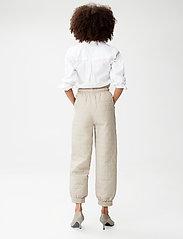 Gestuz - JilanGZ V-collar shirt MS21 - langærmede skjorter - bright white - 5