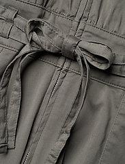 Gestuz - NeenaGZ jumpsuit MS21 - jumpsuits - dark army - 8