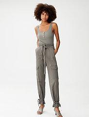 Gestuz - NeenaGZ HW pants - casual bukser - dark army - 0
