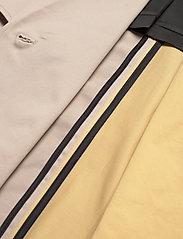 Gestuz - MaiGZ short trenchcoat - trenchcoats - pure cashmere - 5