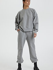 Gestuz - ChrisdaGZ MEL sweatpants - sweatpants - light grey melange - 3