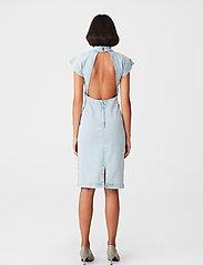 Gestuz - DrewiGZ dress - sommerkjoler - light blue vintage - 3