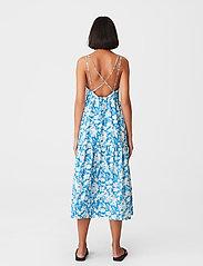 Gestuz - MynteGZ dress - sommerkjoler - blue flower - 3
