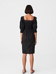 Gestuz - LenaGZ dress - sommerkjoler - black - 3
