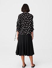 Gestuz - FjolaGZ duo shirt - langærmede bluser - black w/grey dot - 4