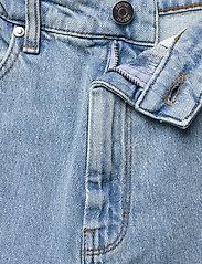 Gestuz - ElmaGZ HW wide pants - brede jeans - light blue - 3