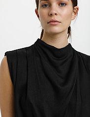 Gestuz - BertaGZ sl blouse - Ærmeløse bluser - black - 5