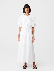 Gestuz - SvalaGZ dress - maxikjoler - bright white - 0