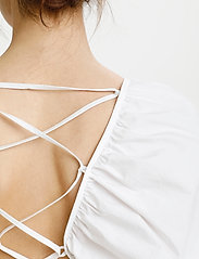 Gestuz - SvalaGZ dress - maxikjoler - bright white - 4