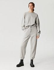 Gestuz - RubiGZ sweatshirt NOOS - sweatshirts & hættetrøjer - light grey melange - 0