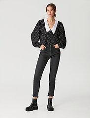 Gestuz - KatlaGZ ls shirt - langærmede skjorter - black w. white dot - 0
