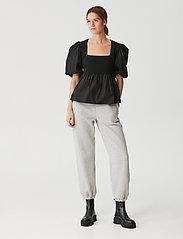 Gestuz - CristinGZ blouse - kortærmede bluser - black - 3