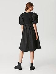 Gestuz - CristinGZ dress - hverdagskjoler - black - 3