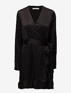 Stella dress ZE3 16 - BLACK