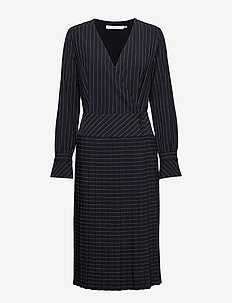 Tara dress MS19 - BLACK W. WHITE STRIPE