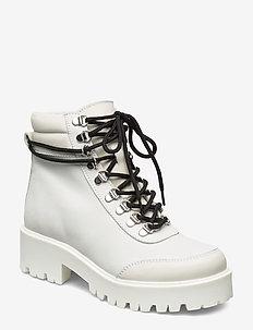 CandoGZ Boots MA19 - platte enkellaarsjes - bright white