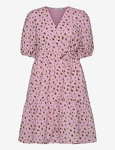 AveryGZ short dress - sommerkjoler - fragrant lilac/yellow tulip