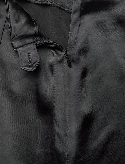 Gestuz Kamryngz Skirt Ye19- Hameet Black