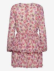 Gina Tricot - Amber pleated dress - lyhyet mekot - flower (4140) - 1