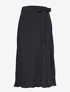 Lara pleated skirt - BLACK