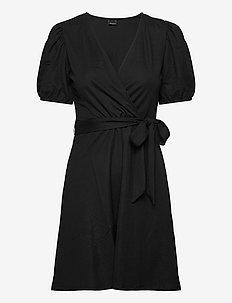 Wanja wrap dress - omslagskjoler - black (9000)