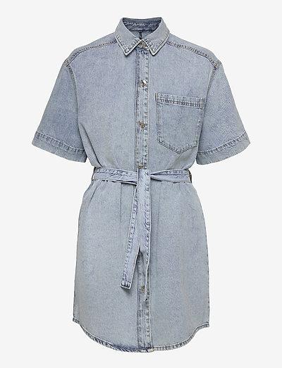 Short sleeve denim dress - skjortklänningar - lt blue