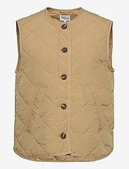 Global Funk - Feeney - puffer vests - dark sand - 0