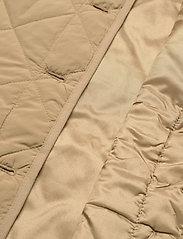 Global Funk - Feeney - puffer vests - dark sand - 4
