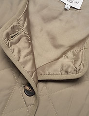 Global Funk - Feeney - puffer vests - khaki dust - 2