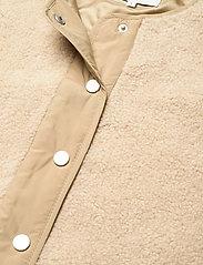 Global Funk - Vinson - knitted vests - sand sugar mix - 2