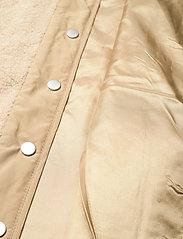 Global Funk - Vinson - knitted vests - sand sugar mix - 4