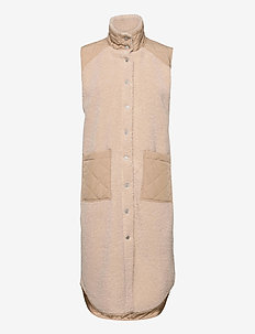 Raima - knitted vests - sand sugar mix