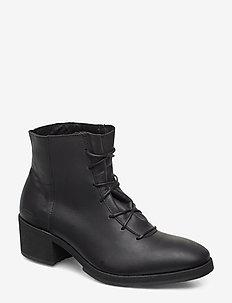 yatfai boot black leather - BLACK