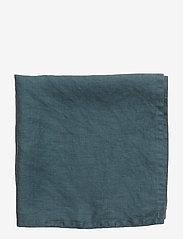 Gripsholm - NAPKIN WASHED LINEN - napkins - dark petrol - 2