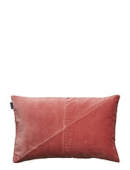 CUSHION COVER WALTER GOTS - ROUGE