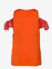 GUESS Jeans - SL MARIAH TOP - t-shirts - blazed amber - 1