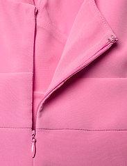 GUESS Jeans - PATTI DRESS - sommarklänningar - rich pink - 3