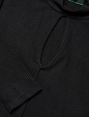 GUESS Jeans - NURSELI DRESS - robes de jour - jet black a996 - 3