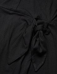 GUESS Jeans - NURSELI DRESS - robes de jour - jet black a996 - 4