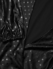 GUESS Jeans - NEW BAJA DRESS - kveldskjoler - shiny dots black - 2