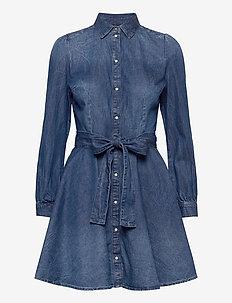 RAYA SHIRT DRESS - midi kjoler - city lights