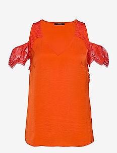 SL MARIAH TOP - t-shirts - blazed amber