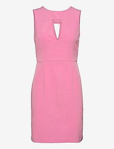PATTI DRESS - sommarklänningar - rich pink