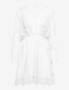 SANDY DRESS - TRUE WHITE A000
